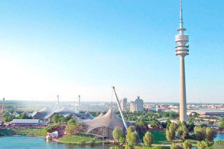 Der bekannte Olympiapark liegt gleich um die Ecke unerer Intensivpflege Wohngemeinschaft.