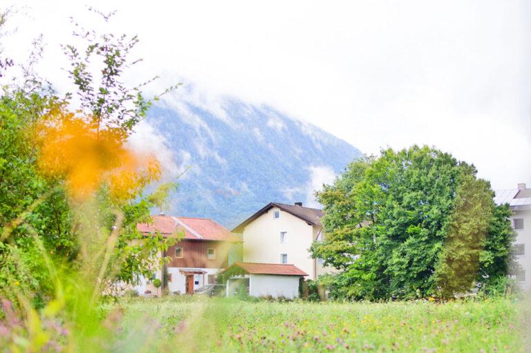 Bergblick und Nähe zur Natur. Die ambulant betreute Wohngemeinschaft für Intensivpflege und Beatmungspflege in Piding.