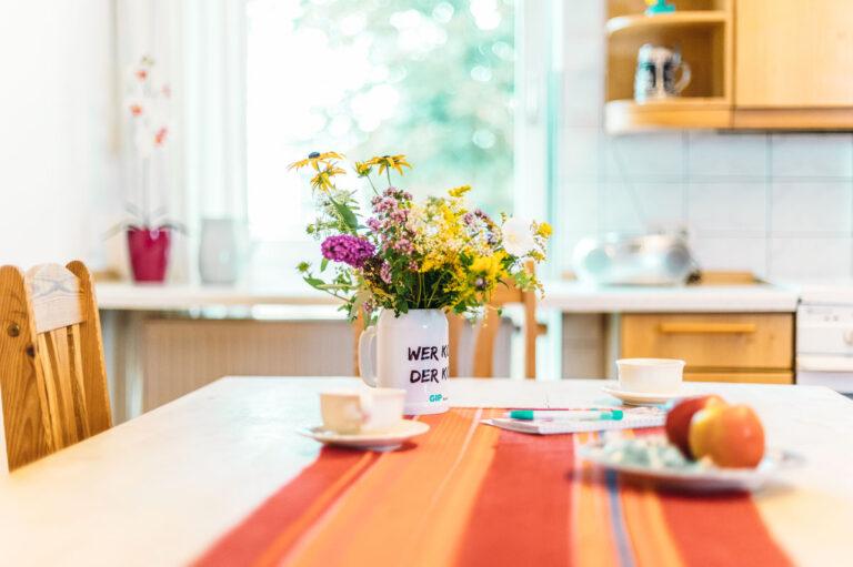 Mit Liebe fürs Detail. Die Intensiv-WG ist eine gute Alternative zur Pflege im Heim.