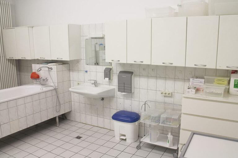 Barrierearme Gestaltung für intensivpflegebedürftige Bewohner*innen in Piding.